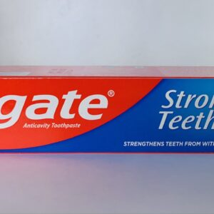 Colgate Strong Teeth Anti-Cavity Toothpaste 200g.
